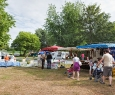 Marché Camping CHATEAU LEZ EAUX