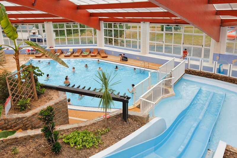 Camping lez eaux normandie manche camping 5 toiles for Camping normandie piscine couverte