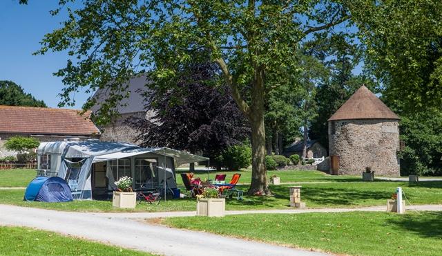 emplacement camping confort lez eaux