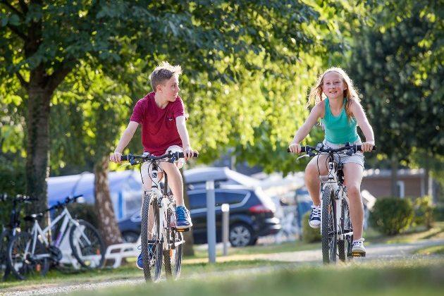 location de vélo adulte enfant remorques granville
