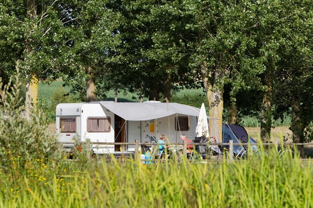 grand emplacement de camping