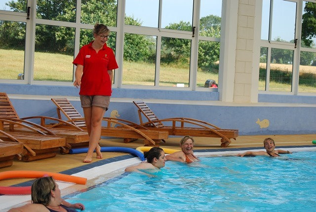 Aquagym activité camping piscine