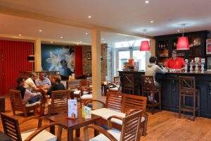bar pub 5 étoiles luxe