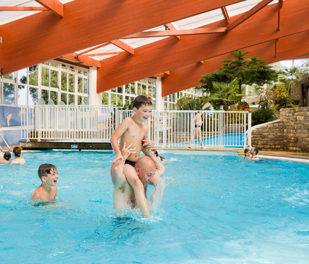 camping parc aquatique couvert normandie