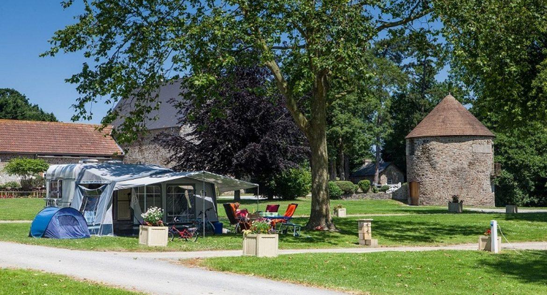 Campingplaats Comfort: Rustig kamperen met Uw tent, caravan of camper - emplacement confort
