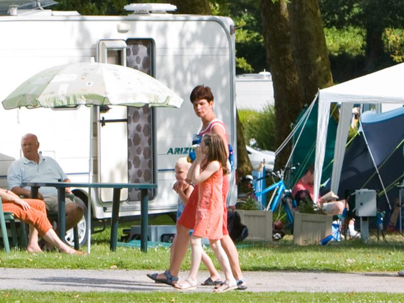 Comfort campingplaats met gestabiliseerd deel