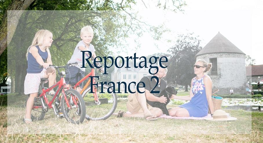 Le camping Château de Lez-Eaux en Normandie au journal télévisé de 13h sur France 2 TV dans « La double vie du Patrimoine »